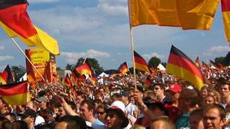 Almanya'da mesai tartışması