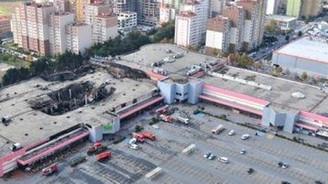 Yanan Migros şubesi yeniden açılıyor