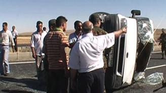 Aksaray'da minibüs devrildi: 11 yaralı