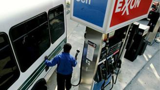 Exxon Mobil, karını yüzde 53 artırdı