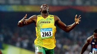 Bolt yine rekor kırdı!