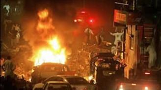 Pakistan'da bombalı saldırı: 30 ölü
