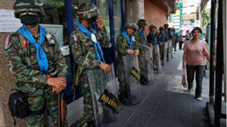 Tayland'da hükümet karşıtı eylemler devam ediyor