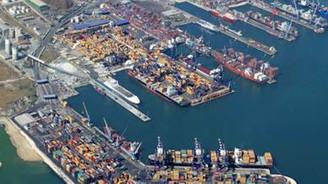 Ambarlı Limanı'nda nakliyeciler grevde