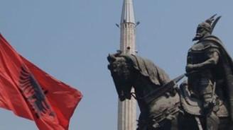Arnavutluk AB'yi bekliyor