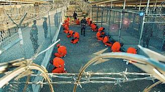 Guantanamo kapatılmıyor