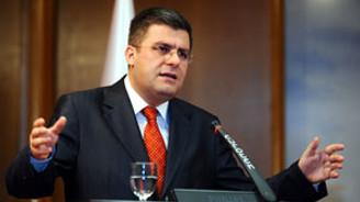 Türk bankacılığı arzu edilen seviyede değil