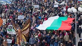 Bulgaristan'da öğrenciler eylemi bıraktı