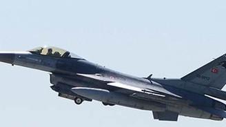 Suriye'den Türk F-16'larına taciz
