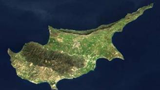 Rum kesimi Türklerin yardım teklifini konuşuyor