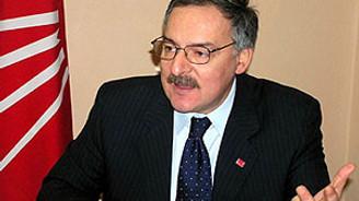 """""""Başbakan Diyarbakır'da ağzındaki baklayı çıkarttı"""""""