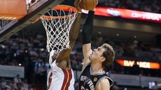 LeBron James'ten Splitter'a 'tarihi blok'
