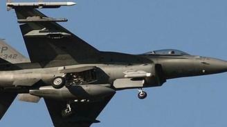Yunan uçakları Türk uçaklarını taciz etti