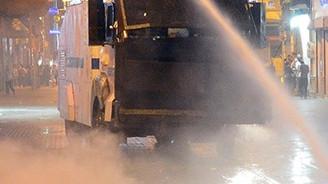 Taksim'deki eyleme polisten müdahale
