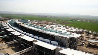 TAV'dan 52 milyon euro net kar