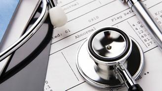 """Sağlık sigortasında """"ömür boyu yenileme garantisi"""" zorunlu oluyor"""