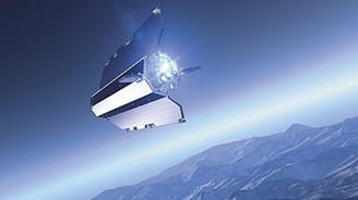 Araştırma uydusu Dünya'ya düştü