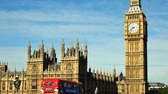 İngiliz Hükümeti göçmen sınırlamasına gidiyor