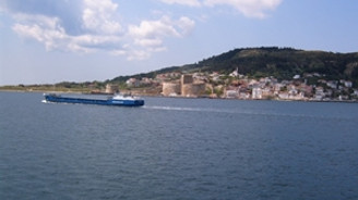Çanakkale Boğazı'ndan 32 bin 239 gemi geçti