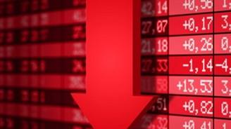 Borsa, yüzde 3,24 düştü, dolar 2,076'ya yükseldi