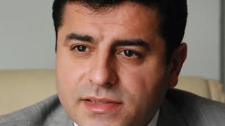 "Demirtaş'tan, Necdet Özel'e ""onbaşı"" tazminatı"