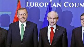 Erdoğan'dan Merkez'e tebrik