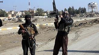 IŞİD Irak ordusundan 7 askeri kaçırdı