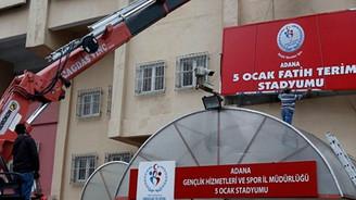 Fatih Terim'in adı stadyuma verildi