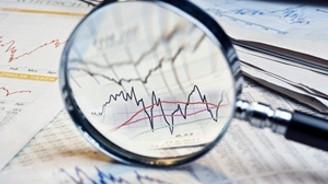 """""""Ekonomik riskler Hazine'ye yıkıldı"""""""