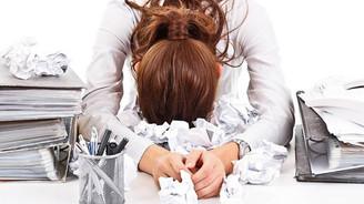 """Yoğun iş stresi """"baş döndürüyor"""""""
