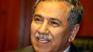 Arınç'tan Özbek'e eleştiri: İstifa cesaretiniz yok