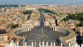 BM'den Vatikan'a 'çocuk istismarı' suçlaması