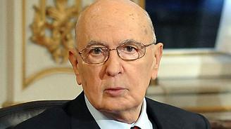Napolitano istifa etti