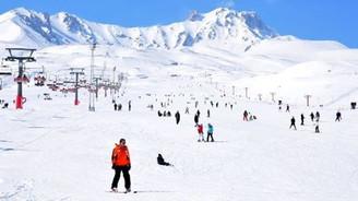 Hafta sonu Erciyes'i 60 bin kişi ziyaret etti