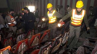 Pakistan'da sinemaya bombalı saldırı: 11 ölü