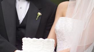 Japonlar evliliğe geliyor