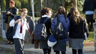 120 bin liseli okulu terk etti sadece 8 öğrenci satrancı seçti