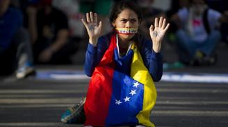 Venezuela Amerikalıları sınır dışı ediyor