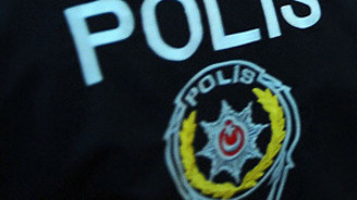 Adana'da 6 polis serbest