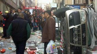 Taksim'de tüp gaz bomba gibi patladı
