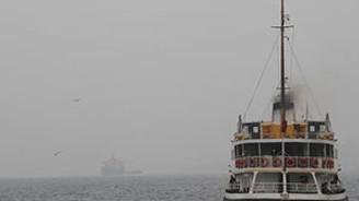 Çanakkale Boğazı transit gemi geçişlerine kapatıldı