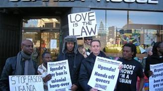 Eşcinsellik karşıtı yasayı onayladı