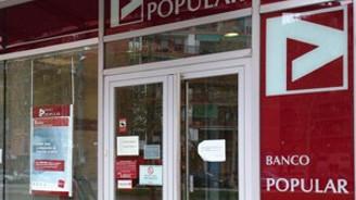 İki eski banka yöneticisine 'dolandırıcılık' suçlaması