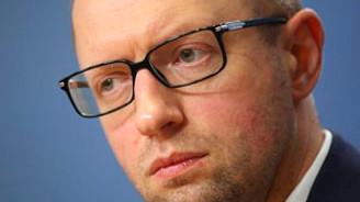 Ukrayna'da Yatsenyuk'un partisi kazandı