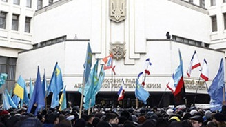 Kırım'da yeni Anayasa kabul edildi
