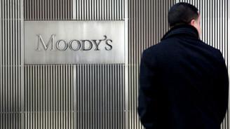 Moody's 10 Türk bankasını izlemeye aldı