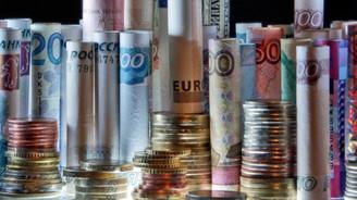Rusya'nın bütçe açığı 994 milyar rubleye düştü