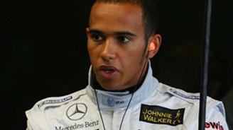 Hamilton, İtalya'da birinciliği bırakmadı