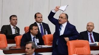 Meclis'te  'MİT' gerginliği