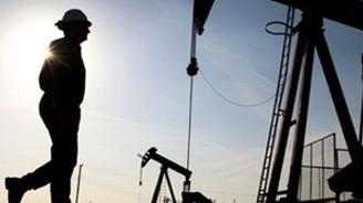 'Düşük petrol, Rusya ve İran'ı cezalandırmak için'